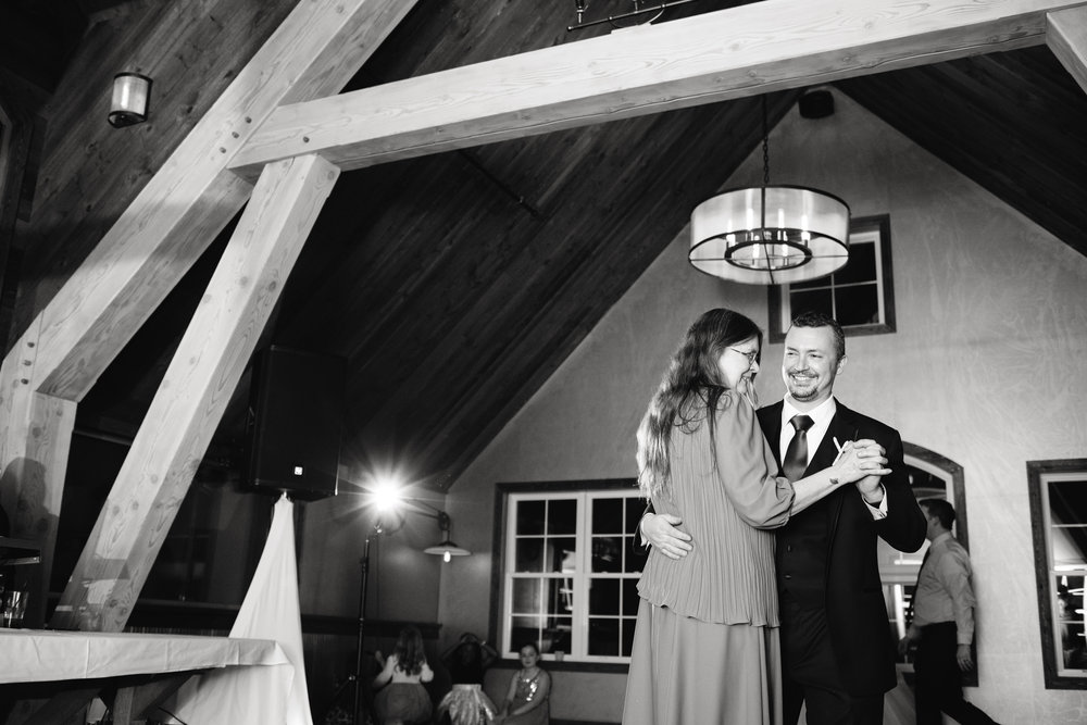 Ellicottville-Brewing-Company-EBC-Buffalo-Wedding-Vita-Bella-Photography-0183.jpg