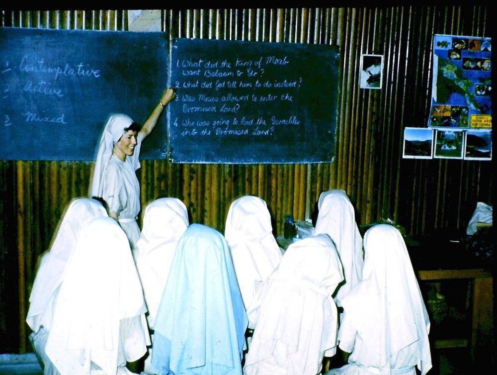Sr Avrill teaching at CV