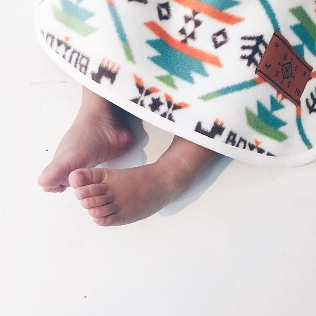 Weather getting ❄️ out there. Sleepacks in. // Fleece Aztec Sleepsack in winter white. #japanmade