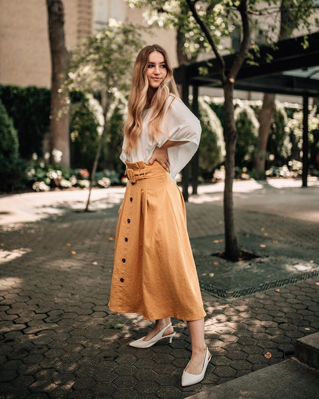 If ever you were looking for the perfect Fall skirt - here she is! ✨ The Just This Sway skirt is available online + in store!! . 📸 @leturaidigima