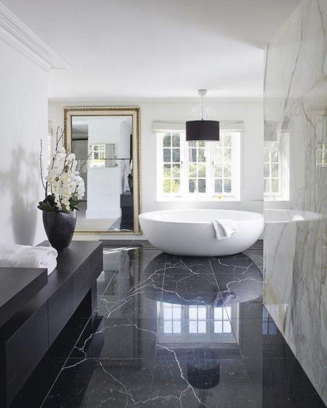 Bathroom goals 🙌🏻