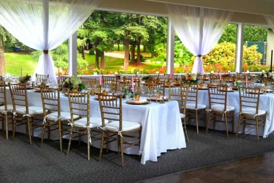 Glen Acres Golf & Country Club 206-244-1720 EMAIL The sweeping views from our lovely Skyline Room with its spacious dance floor or the elegant, charming Fireplace Room or one of our relaxing, casual patios will help make your special occasion truly memorable .