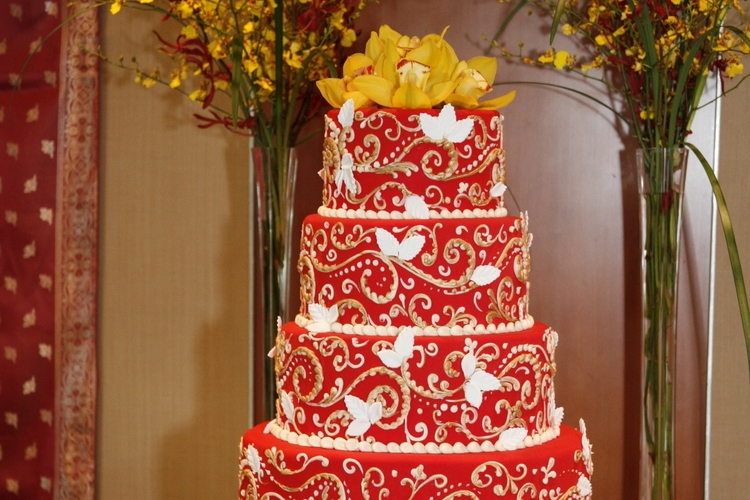 Cakes By Creme de la Creme   206-241-0249   EMAIL   We at Crème de la Crème would like to invite you to one of our open cake-tasting parties. These parties are a wonderful opportunity for you to let your palate decide which of the flavor choices is right for you.