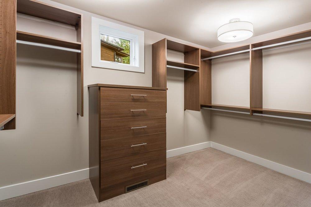 3 master closet.jpeg