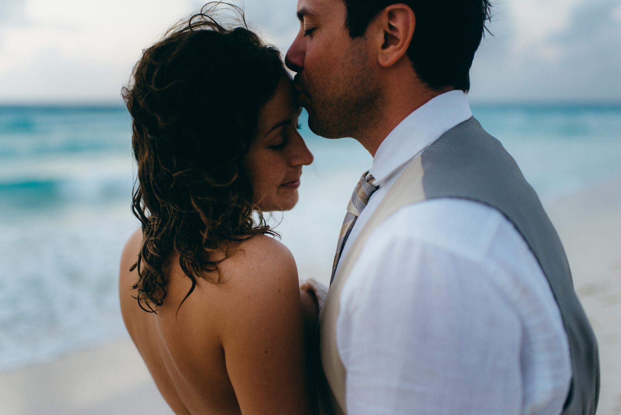 kaihla_tonai_intimate_wedding_elopement_photographer_1200