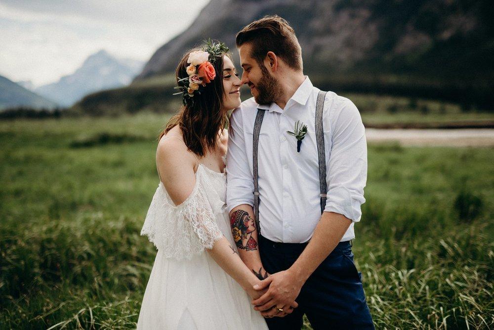 intimate-mountain-wedding-photographer-mountain-elopement