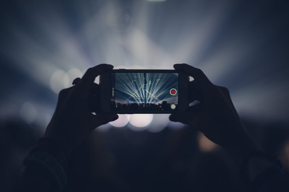 Cellphones at Concerts: Ruining the Concert Experience? — caliber