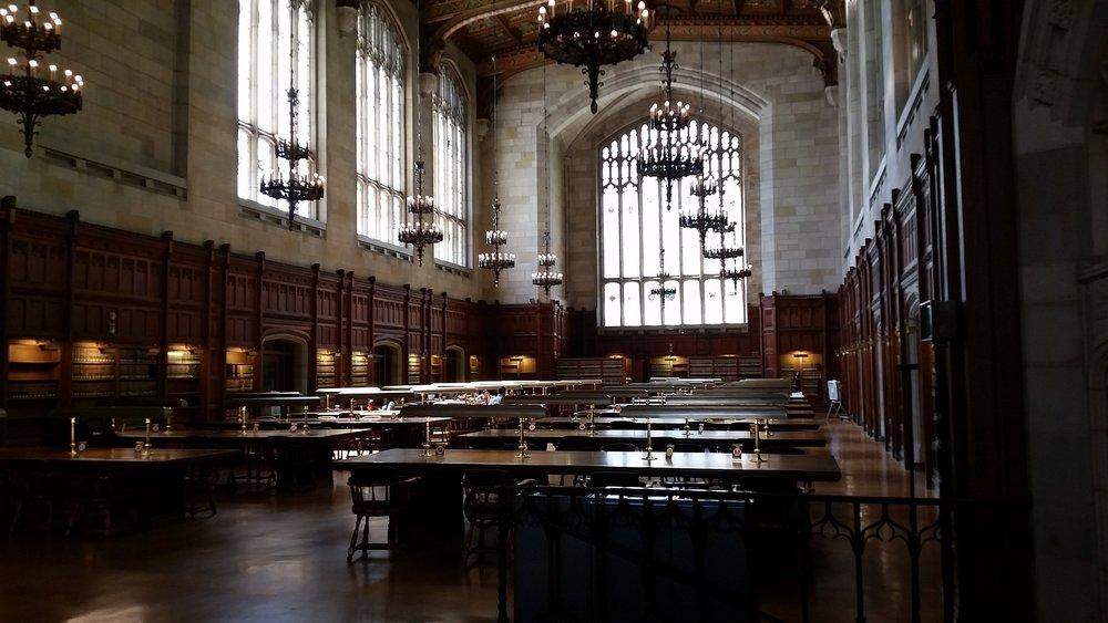 library-948965_1920.jpg