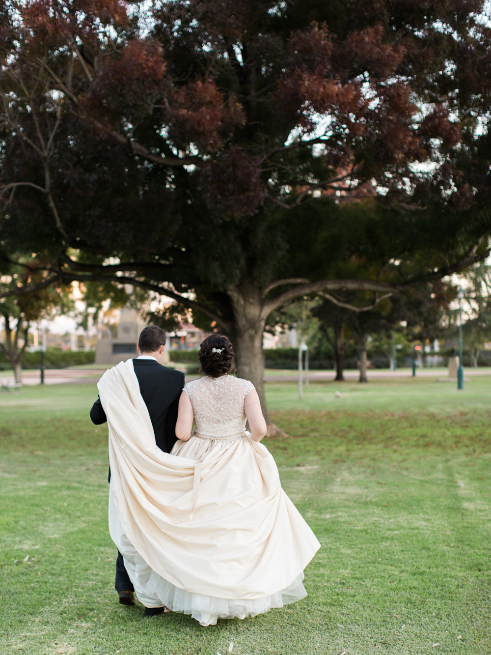 00064- Dubbo NSW Wedding Photographer Sheri McMahon.jpg