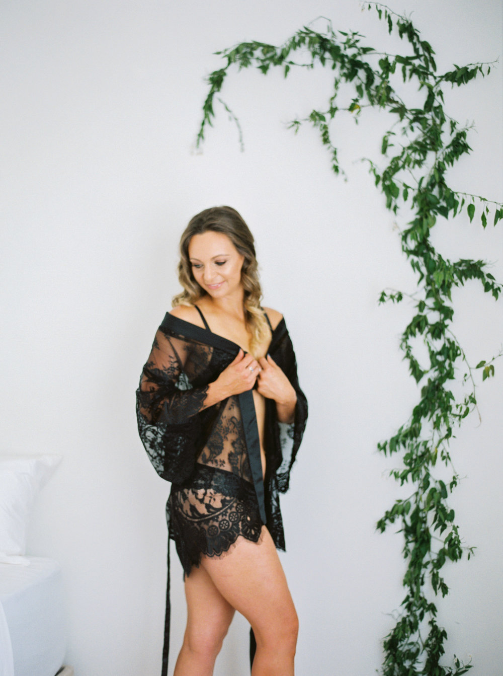 00009- Fine Art Film NSW Dubbo Mudgee Orange Bridal Boudoir Wedding Photographer Sheri McMahon in black lace lingere_.jpg