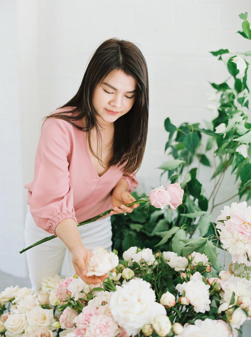 00004- Sydney Wedding Florist Flower Arrangement Mudgee Orange NSW Fine Art Film Lifestyle Photographer Sheri McMahon_.jpg