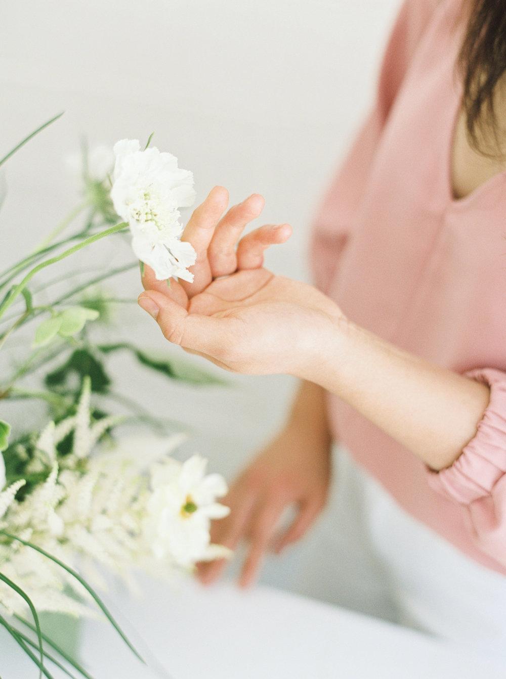 00024- Sydney Wedding Florist Flower Arrangement Mudgee Orange NSW Fine Art Film Lifestyle Photographer Sheri McMahon_.jpg