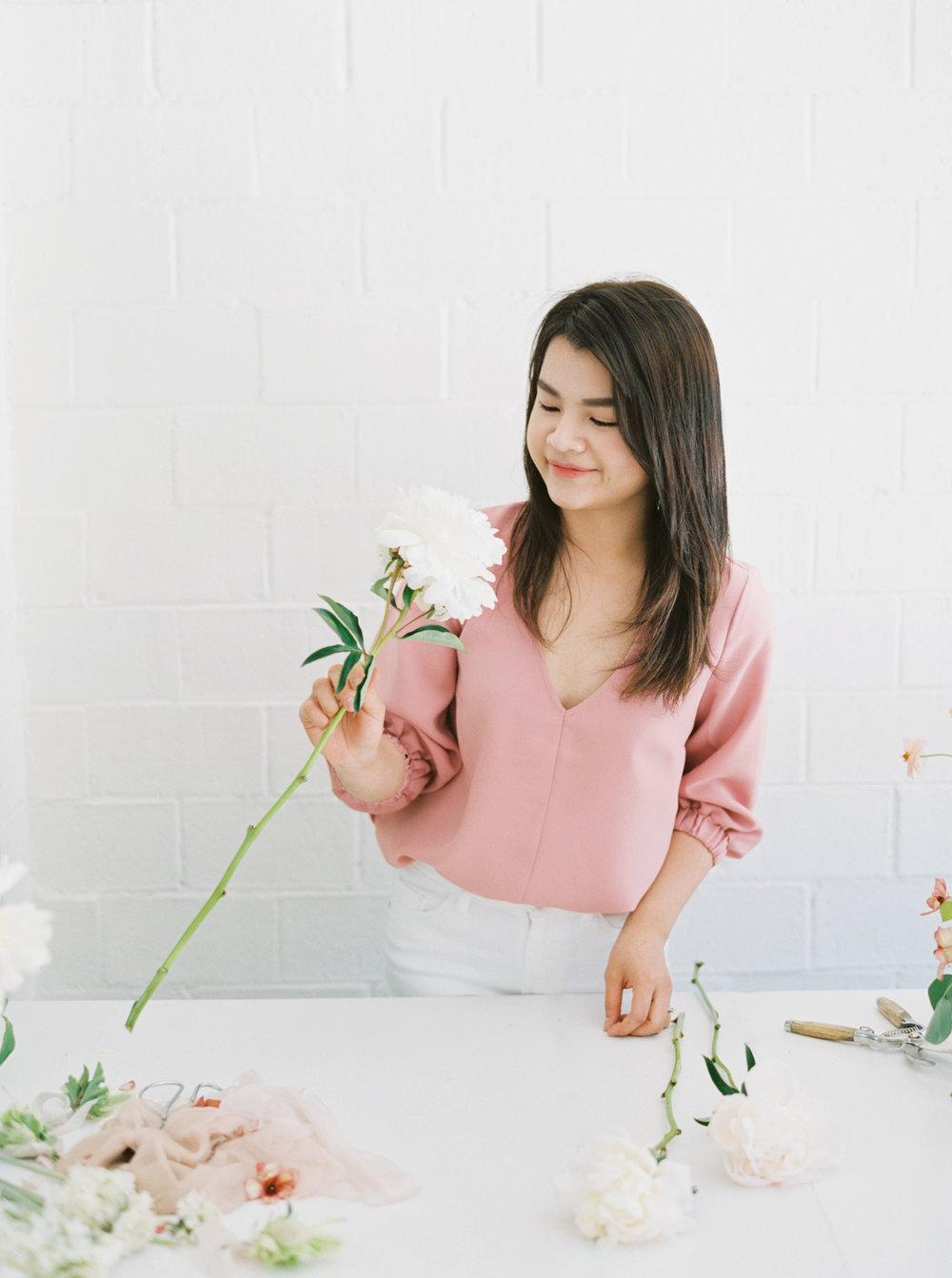 00026- Sydney Wedding Florist Flower Arrangement Mudgee Orange NSW Fine Art Film Lifestyle Photographer Sheri McMahon_.jpg