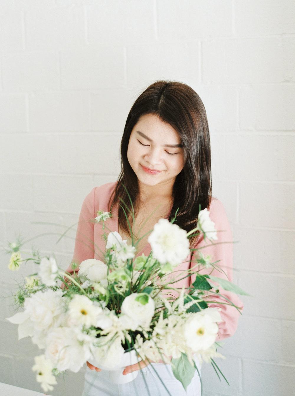 00029- Sydney Wedding Florist Flower Arrangement Mudgee Orange NSW Fine Art Film Lifestyle Photographer Sheri McMahon_.jpg