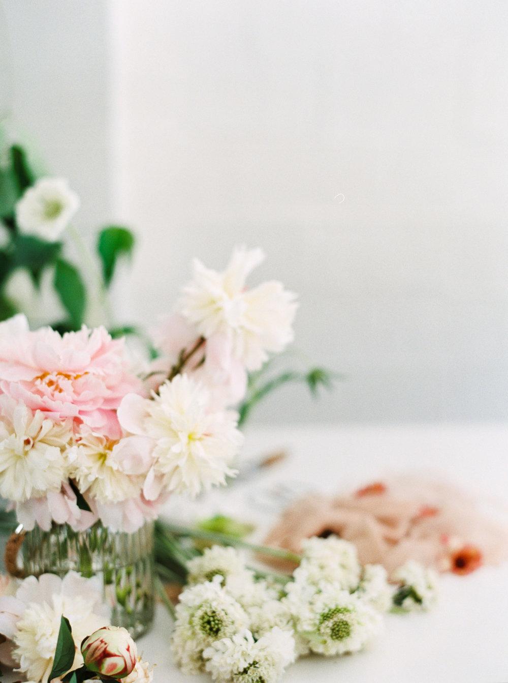 00030- Sydney Wedding Florist Flower Arrangement Mudgee Orange NSW Fine Art Film Lifestyle Photographer Sheri McMahon_.jpg
