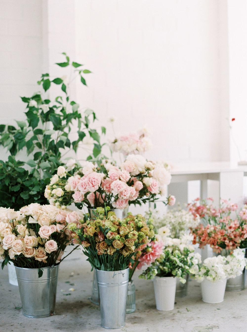 00031- Sydney Wedding Florist Flower Arrangement Mudgee Orange NSW Fine Art Film Lifestyle Photographer Sheri McMahon_.jpg