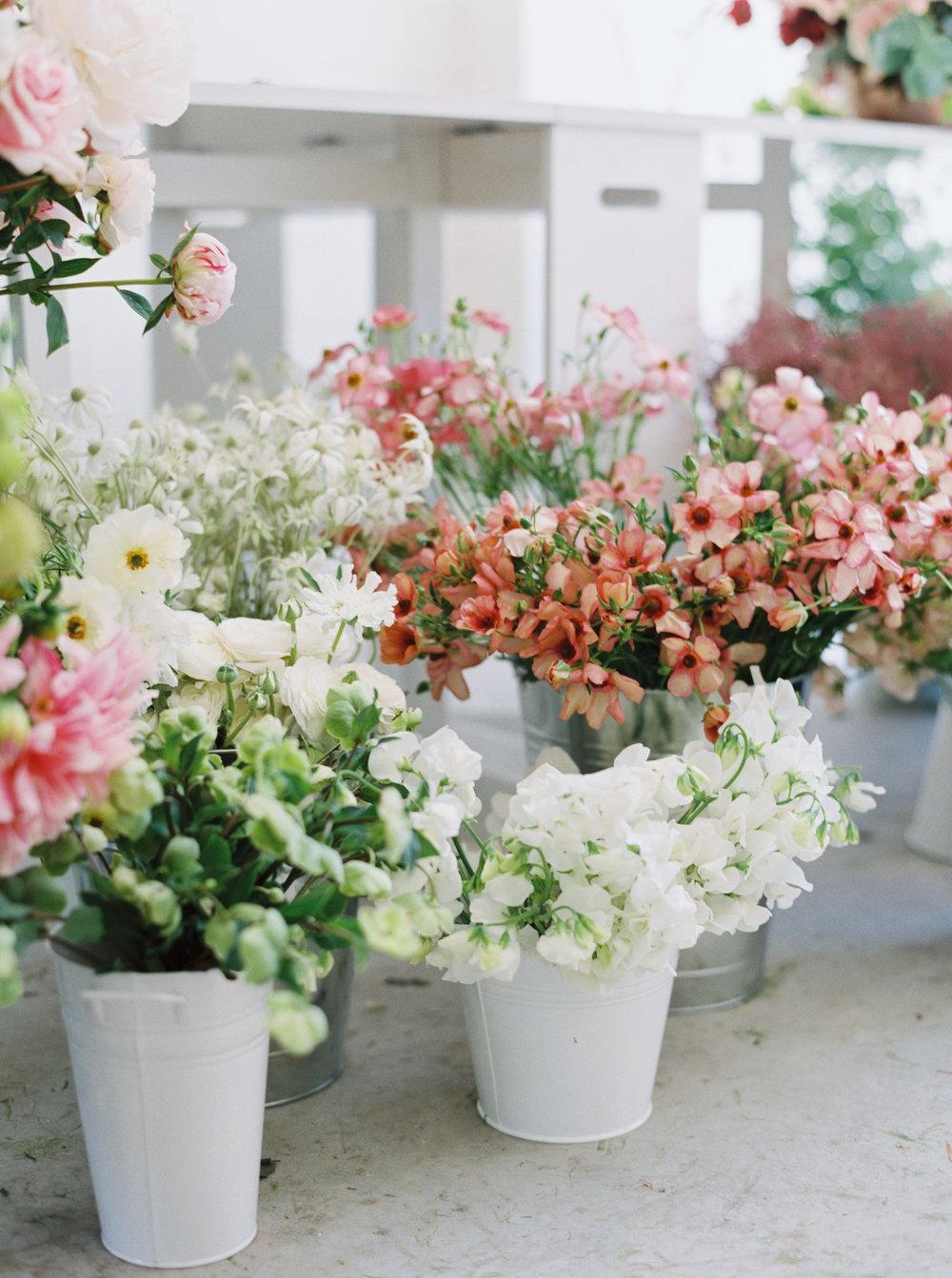 00034- Sydney Wedding Florist Flower Arrangement Mudgee Orange NSW Fine Art Film Lifestyle Photographer Sheri McMahon_.jpg