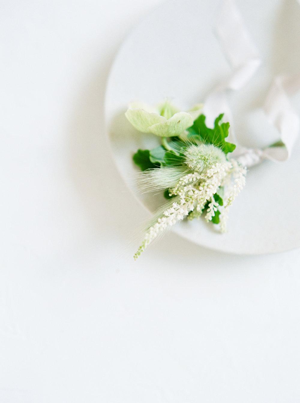 00039- Sydney Wedding Florist Flower Arrangement Mudgee Orange NSW Fine Art Film Lifestyle Photographer Sheri McMahon_.jpg