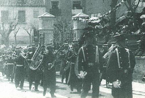1905_banda.png