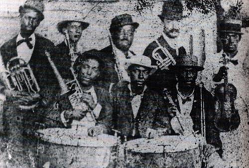 1906_valenzuela.png