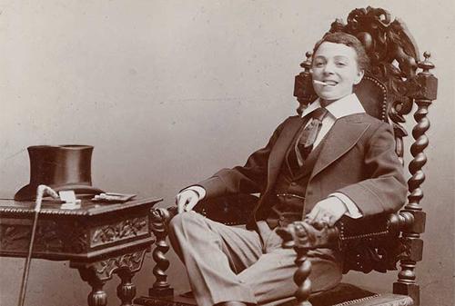 1907_tilley.png