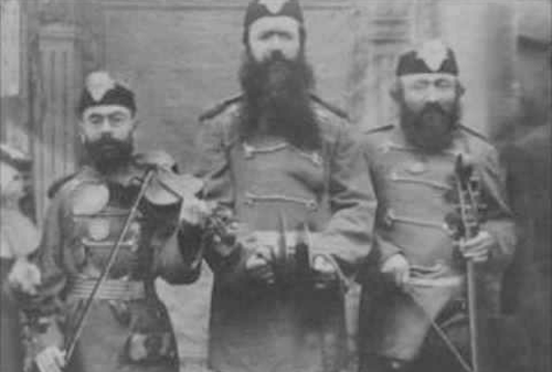 1913_06_elenkrig.png