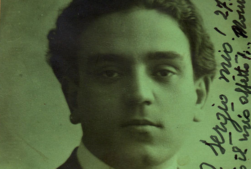 1920_07_papaccio.png