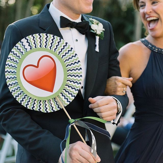 Another delightful detail from @pbatpbfl and @colingoldsmith wedding. The wedding party used emojis to show their love for the grooms during the ceremony. See more #ontheblog. Link in profile. 📸: @sheachristinephoto