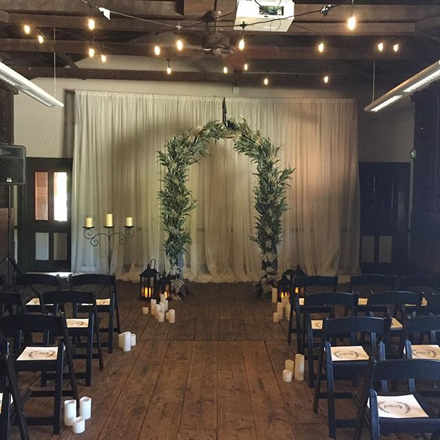 Amazing what uplighting can do! #weddingdecor #uplighting #floralarch #gainesvilleweddings