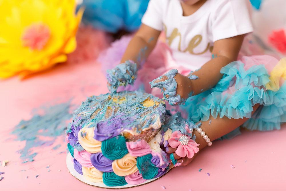CakeSmash-47.jpg