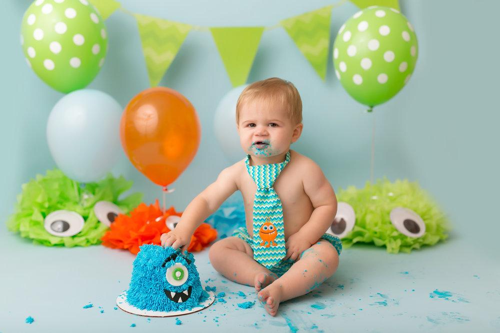 CakeSmash-43.jpg