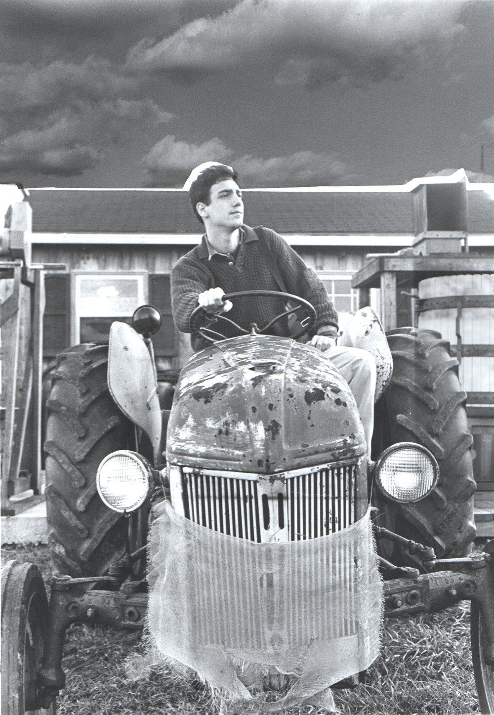1989.tractor.jpg