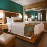 Best Western Plus South Coast Inn   5620 Calle Real, Goleta, CA 93117   Receive up to 15% off their Best Available Rate!Call (805) 967-3200 and ask for the Gaucho rate.