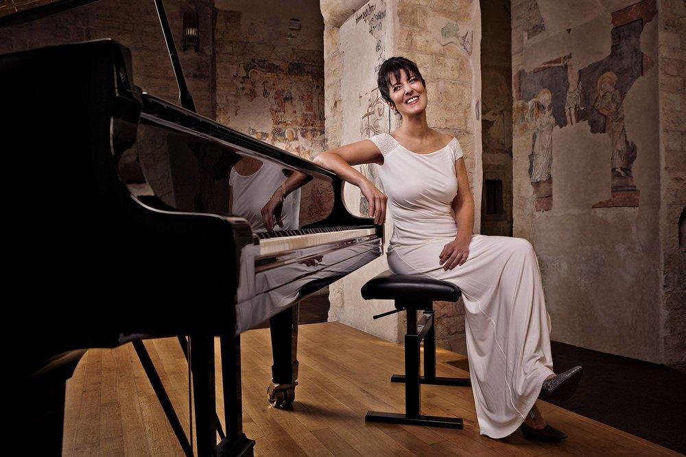 Sandra Shapiro - headshot.jpg
