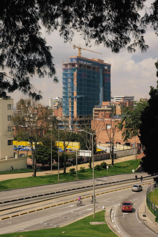 2 - Bogota City Scenes 02.jpg