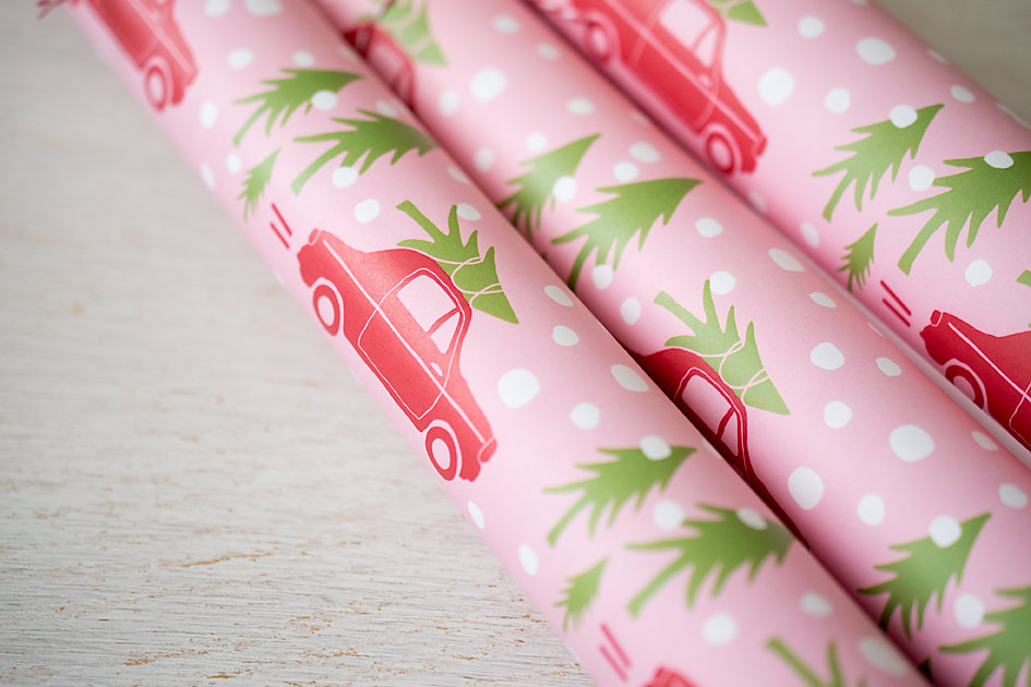 Holiday Travel Gift Wrap