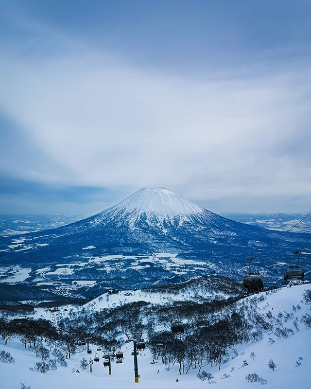 Not a bad view of Mt Yōtei from Niseko. . . . . . #niseko #mtyotei #weareexplorers #amazingview #explorejapan #adventureawaits #getoutside