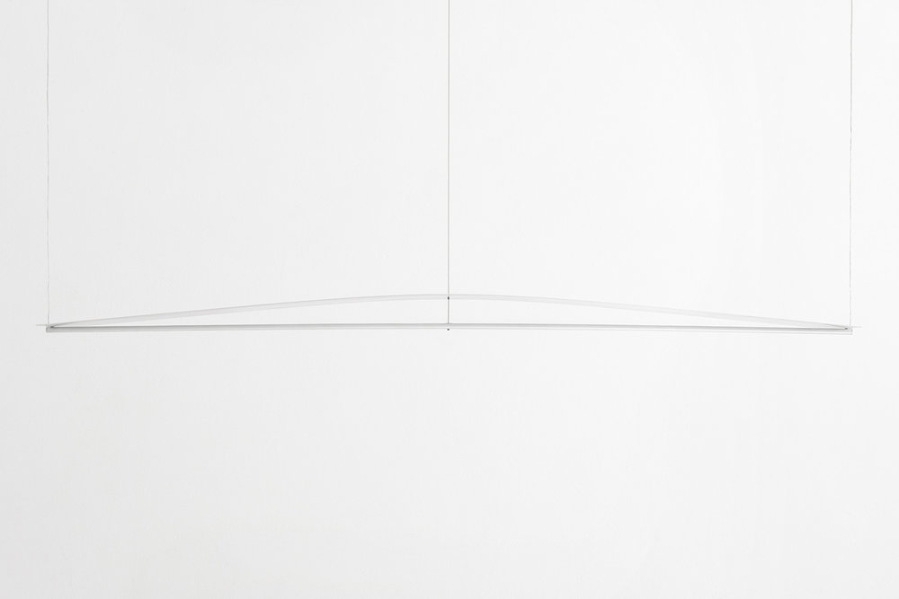 Guglielmo-Poletti_Equilibrium-Suspension-Light_01_1500-px-height-1920x1281.jpg
