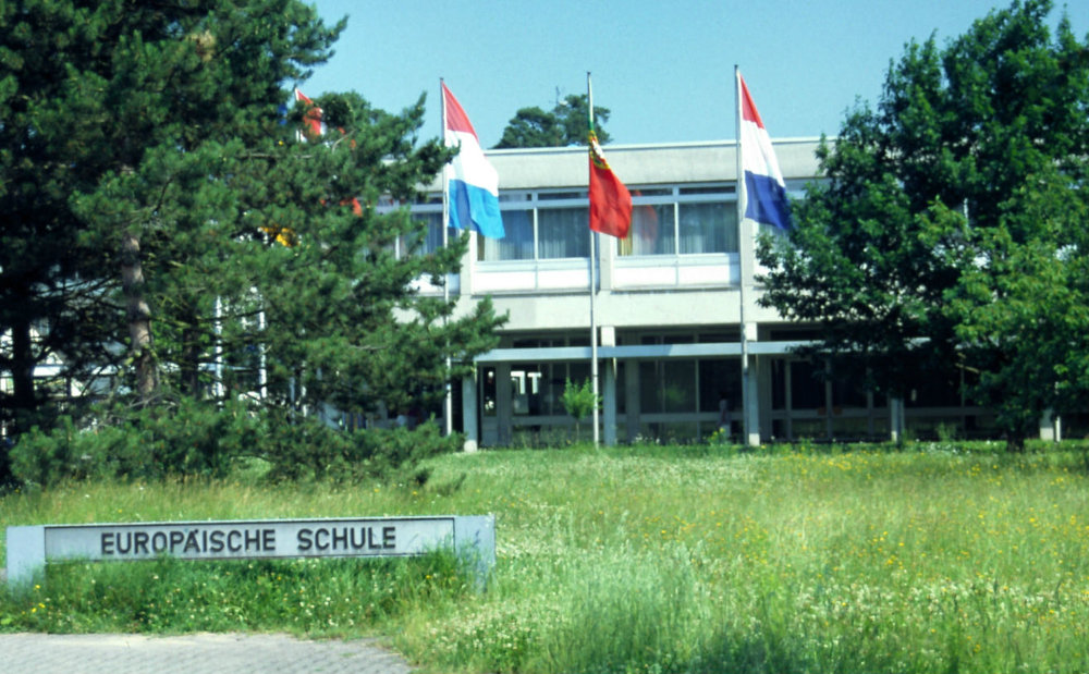 1994  European School, Karlsruhe, Germany
