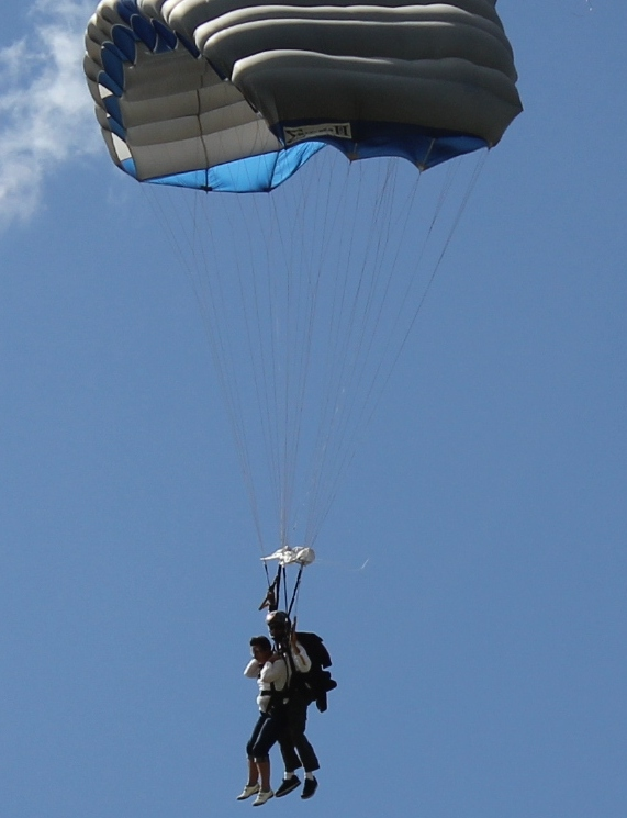 2011  Parachute jumping in Boston