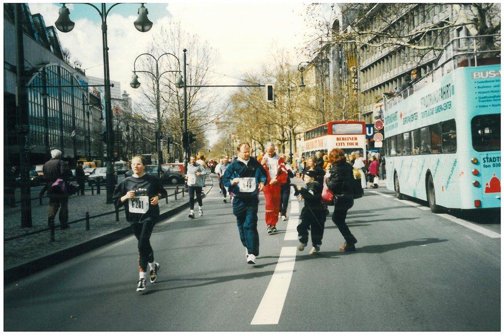 1998 Berlin, half-way mark on the Kurfurstendamm