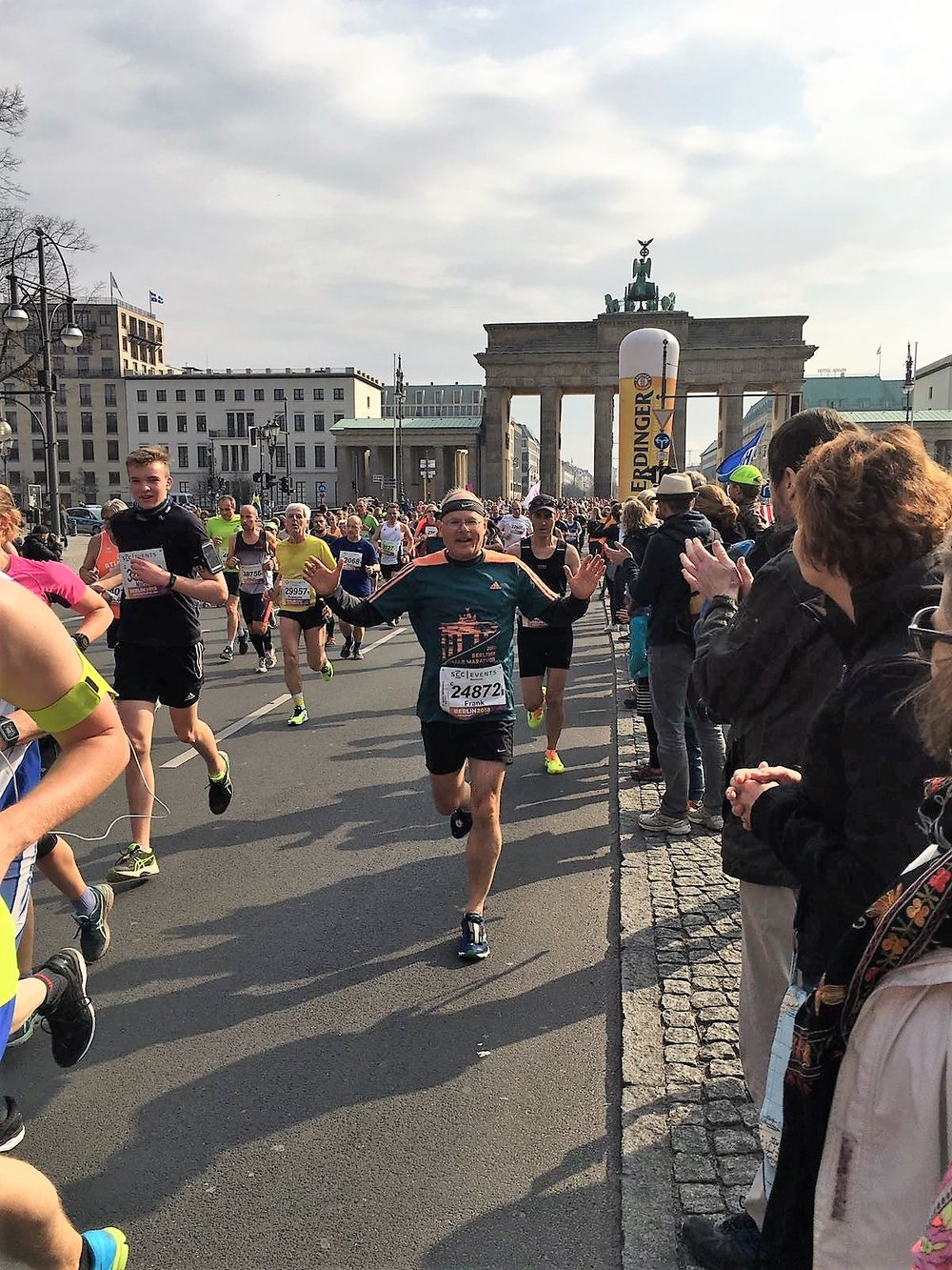 2017 Frank running through Brandenburger Gate in Berlin