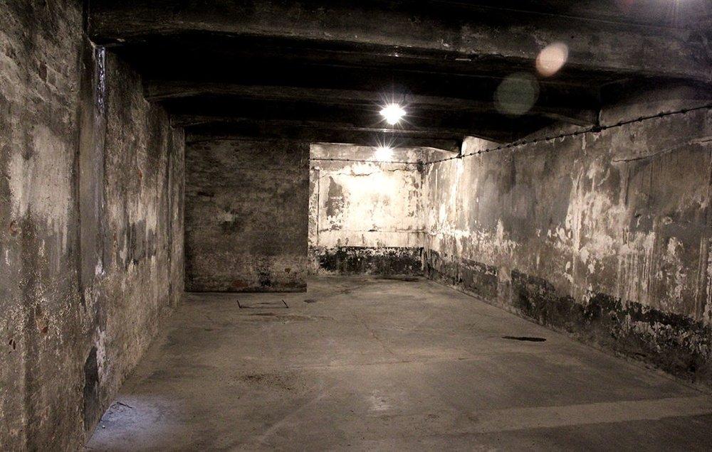Underground gas chamber