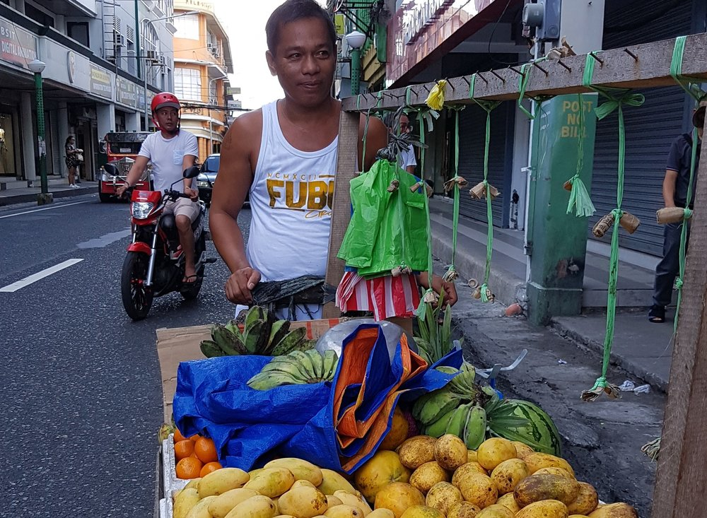 Selling mango