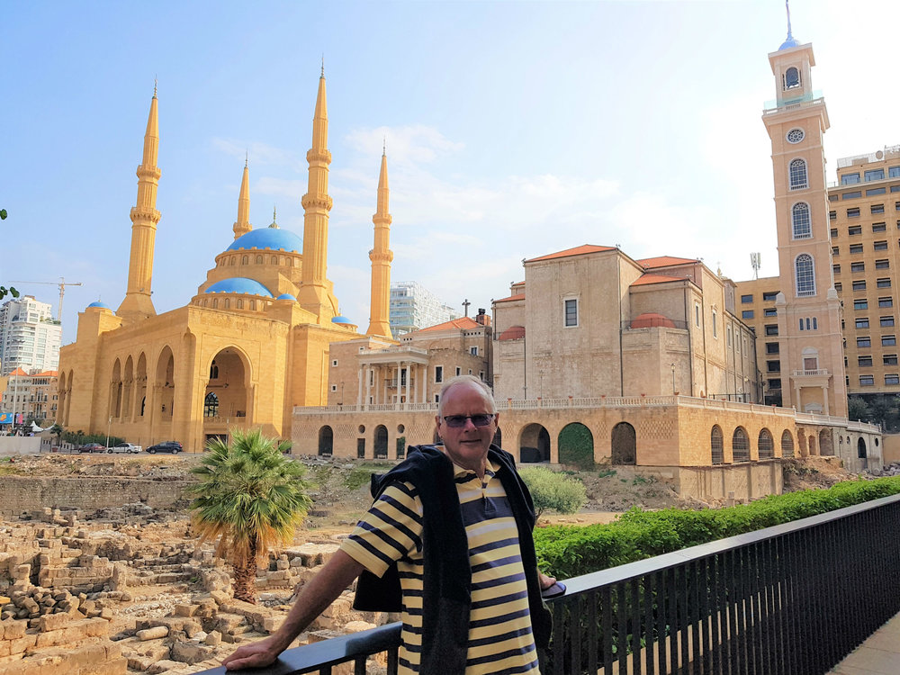 The Al Amina mosque adjacent to the St George Maronite cathedral and the remains of the Roman city in front