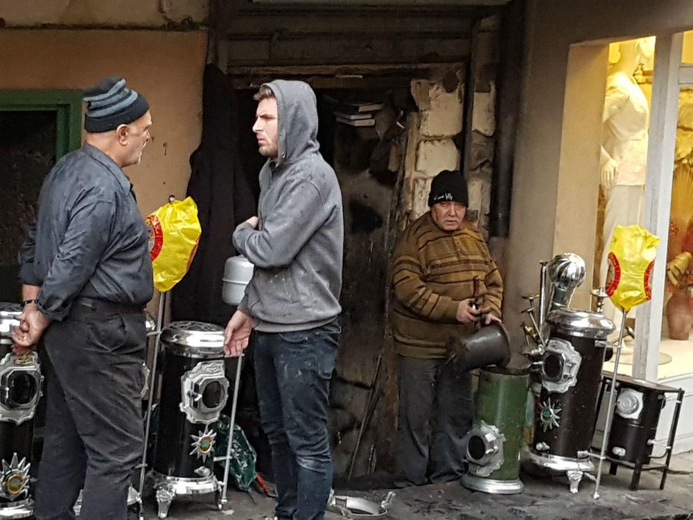 Baalbek: men selling stoves