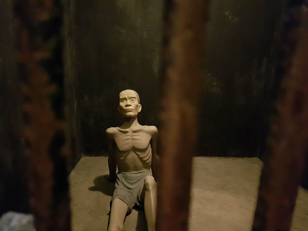 Hoa Lo Prison: display of dungeons