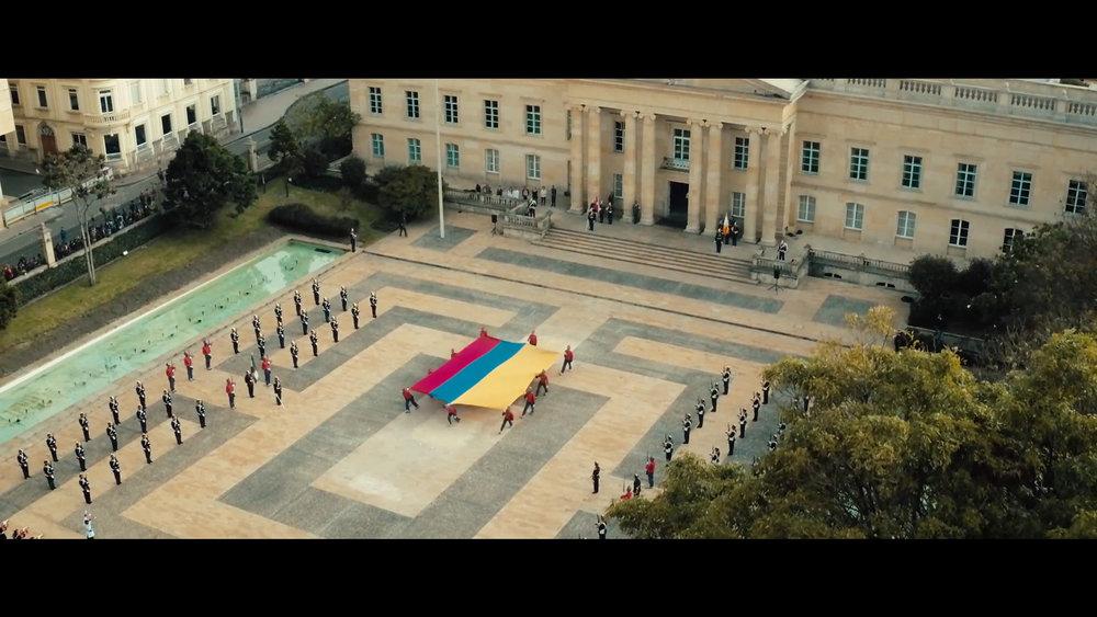 8 Flag Parade Casa de Nariño.jpg