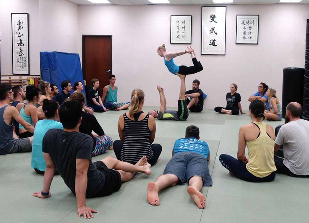 Intro+to+AcroYoga.jpg