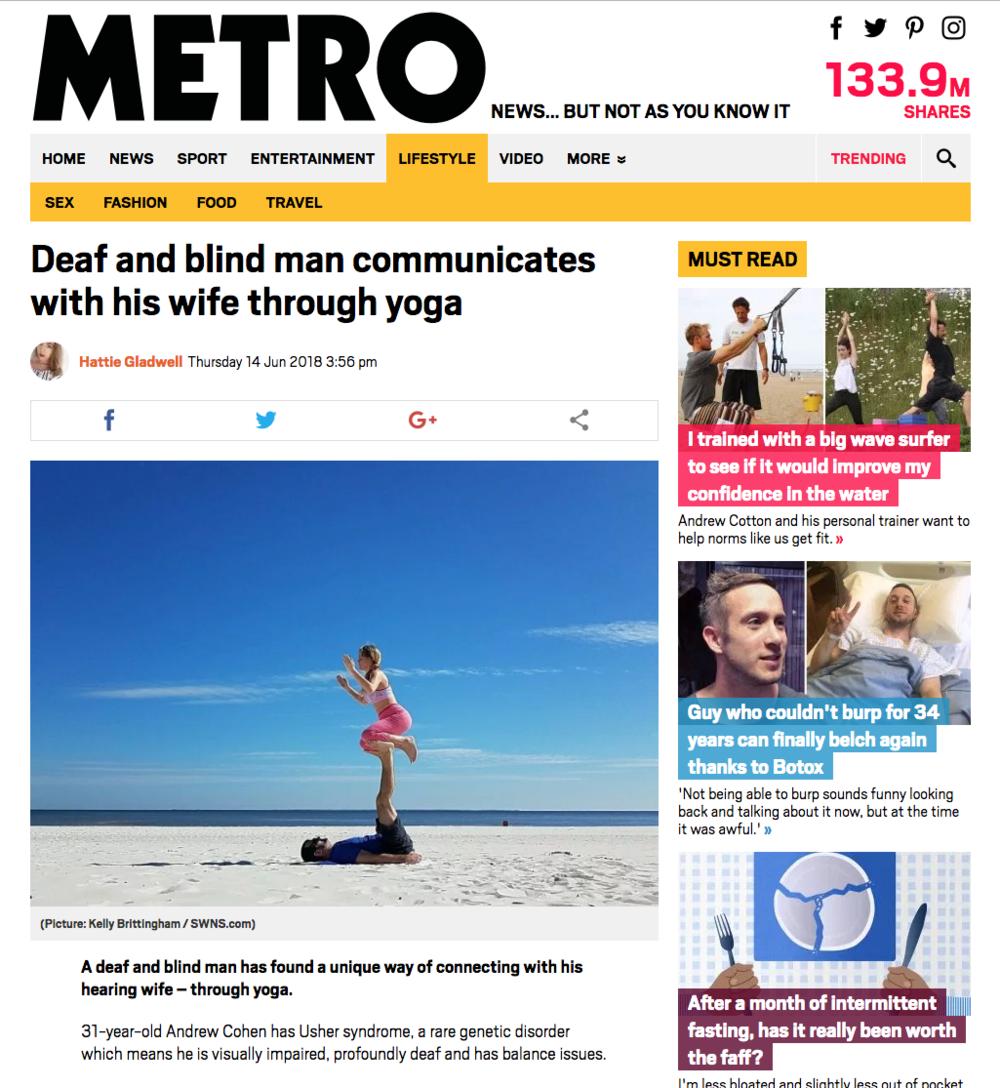 Metro-deafblind-acroyoga.png